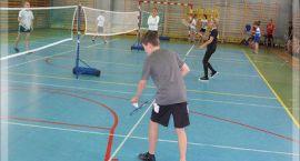 Badminton, unihokej, szachy - wyniki Igrzysk Powiatu Zambrowskiego