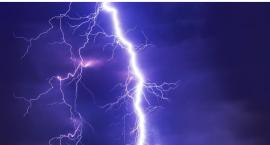IMGW-PIB ostrzega przed burzami z gradem