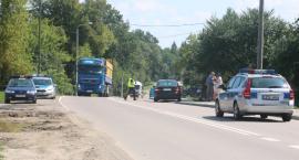 Potrącenie rowerzysty na Łomżyńskiej. Dziecko przetransportowano helikopterem do szpitala [foto]
