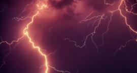 Burze, grad, porywisty wiatr. Dziś pogoda może być niebezpieczna