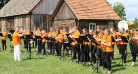 """""""Wersalinka"""" koncertowała także w Szumowie [foto]"""