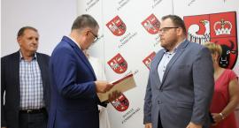 Nauczycielom trzech zambrowskich szkół przyznano awanse zawodowe