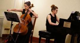 Anna Wróbel i Małgorzata Marczyk zaprezentowały sonaty na wiolonczelę i fortepian [foto]