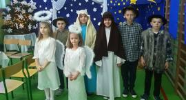 Świąteczne Jasełka w SP w Starym Laskowcu [video]
