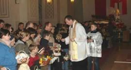 Święcenie pokarmów w parafiach w Zambrowie
