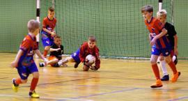 Młodzi piłkarze zagrali o puchar Burmistrza Miasta Zambrów [foto+video]