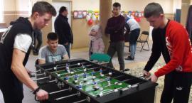 Damian Kotowski został zwycięzcą Turnieju Futbolu Stołowego w Rutkach