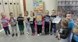 Przedszkolaki z MP3 z wizytą w bibliotece