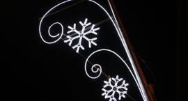 Montują ozdoby świąteczne [foto]