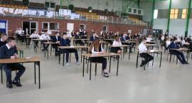 Ostatni dzień egzaminów gimnazjalnych [foto] ARKUSZE EGZAMINACYJNE