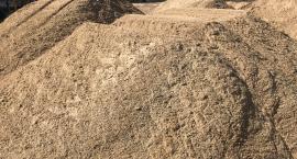 Od czego zacząć budowę? Skąd wziąć piasek, co z wykopami i gdzie wywieźć gruz