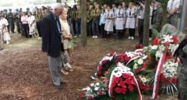 """""""Naród Pamięta"""" - odsłonięto pomnik poległych 11 września 1939 r. w bitwie pod Wądołkami"""