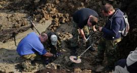 Odkopano szczątki sowieckiego samolotu szturmowego Ił-2 [foto+video]