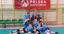 Dziewczęta z SP4 brązowymi medalistkami województwa podlaskiego w siatkówce dziewcząt