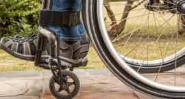 Niepełnosprawne dziecko kiedyś dorośnie. Jaki los czeka je w Zambrowie?
