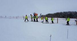 Szusowali na nartach w Rybnie [foto]