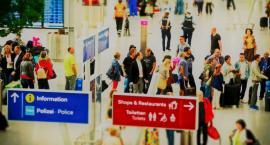 Planujesz wyjazd do pracy za granicę? Sprawdź co musisz wiedzieć o karcie EKUZ