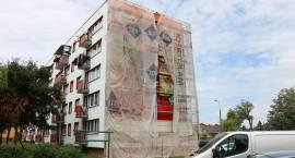 Ogromny mural powstał w Zambrowie. Co przedstawia? [foto]
