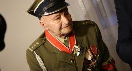 Order Polonia Restituta dla Kazimierza Chodzickiego z gm. Kołaki Kościelne [foto]