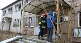 Pożar pustostanu przy ul. Fabrycznej w Zambrowie [foto]