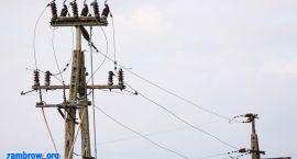 Ok. pół tysiąca odbiorców bez prądu po silnym wietrze