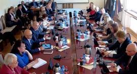 Radni miejscy obradowali dziś po raz jedenasty w bieżącej kadencji [retransmisja]