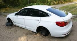 Odzyskano dwa skradzione pojazdy