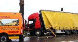 Trzy ciężarówki uczestniczyły w porannym zdarzeniu w Nagórkach [foto]