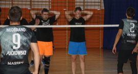 Drużyna z Białegostoku zwyciężyła w Turnieju Siatkówki o Puchar Starosty [foto]