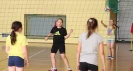Turniej singli i dwójek dziewcząt w piłkę siatkową rozstrzygnięty [foto]