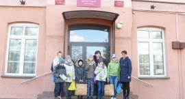 Wolontariusze z Pęchratki Polskiej odwiedzili podopiecznych domu dziecka [foto]