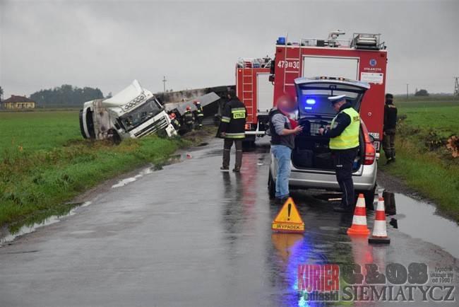 Wypadki drogowe, Tragiczny dzień drodze Siemiatycze Ciechanowiec - zdjęcie, fotografia