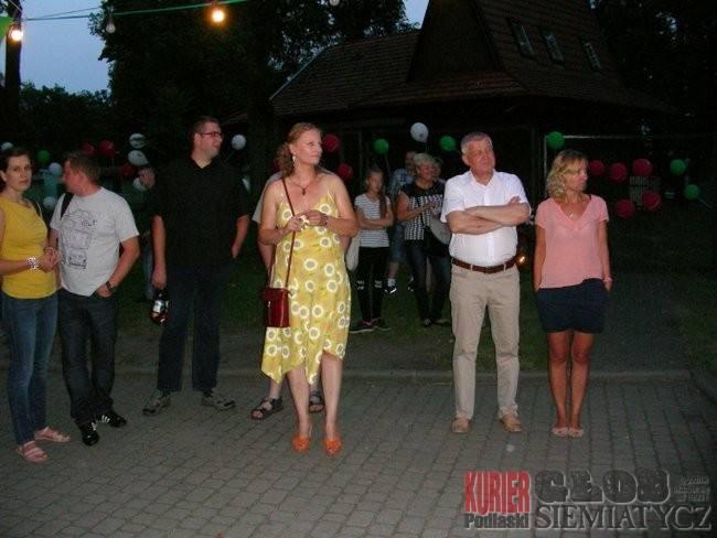 Święta i uroczystości, Potańcówka sobotniej Hajnówce - zdjęcie, fotografia