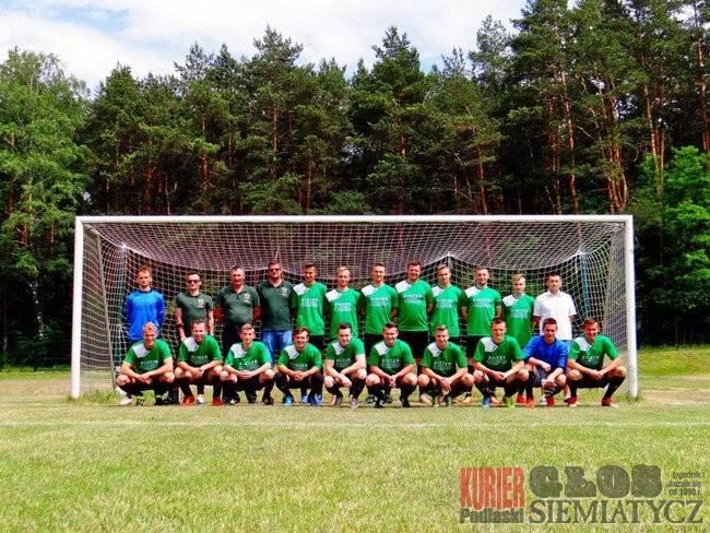 Piłka nożna, Awans Żubra Drohiczyn - zdjęcie, fotografia