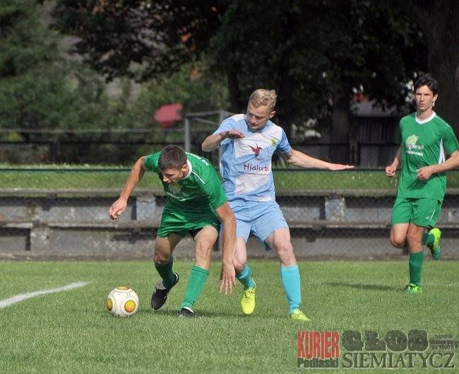 Piłka nożna, Puszcza Hajnówka spadła - zdjęcie, fotografia