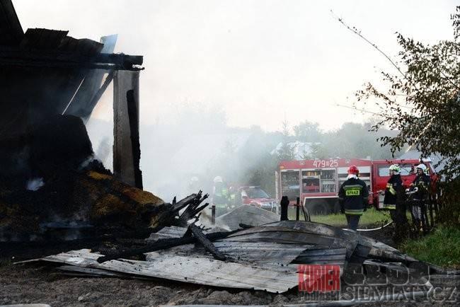 Pożary - straż, Pożar stodoły - zdjęcie, fotografia