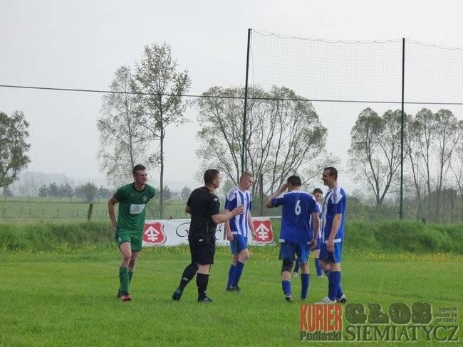 Piłka nożna, oblicza meczu Boćkach - zdjęcie, fotografia