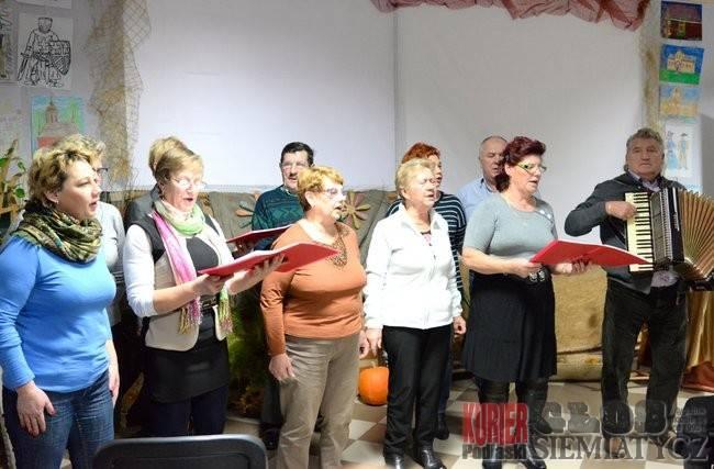 Historia i teatr cieni w Dołubowie