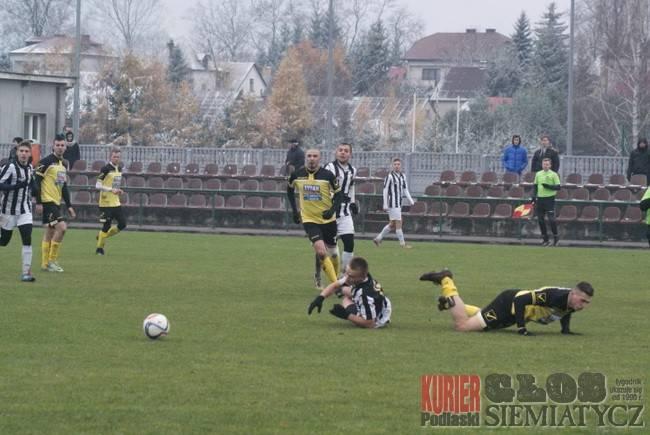 Piłka nożna, Piłkarze zakończyli rundę jesienną - zdjęcie, fotografia