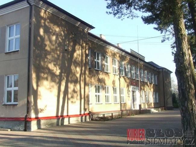 Nurzec Stacja - Szkoła na cenzurowanym