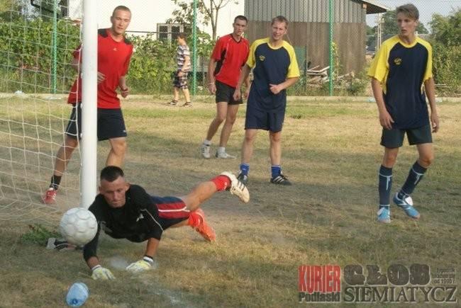 Dziadkowice - Puchar wójta pojechał do Zalesia