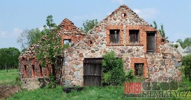 Aktualności - Boćki, Boćki Zabytek popada ruinę - zdjęcie, fotografia