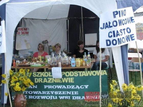 Święta i uroczystości, Zielony Korczew obiektywie - zdjęcie, fotografia
