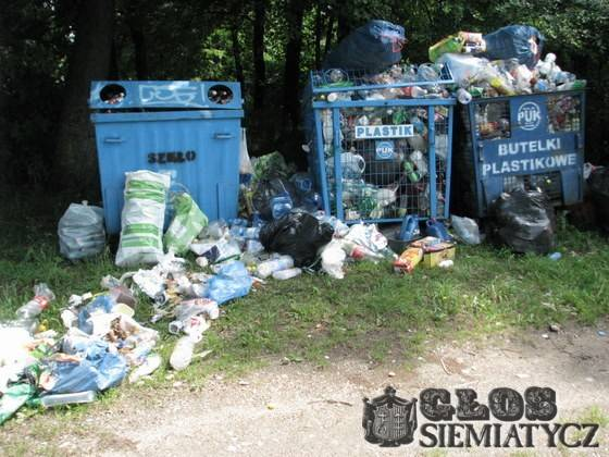 Wątpliwa segregacja śmieci
