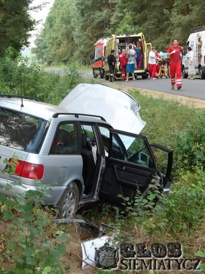 Na sygnale - stare, Wypadek drodze Krupic - zdjęcie, fotografia