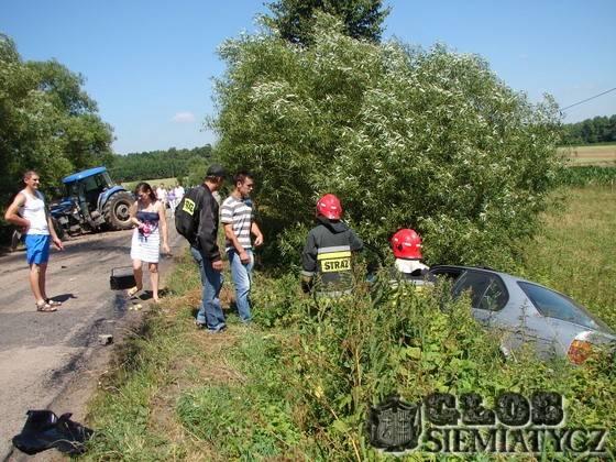 Na sygnale - stare, Wypadek osoby ranne dzieci - zdjęcie, fotografia