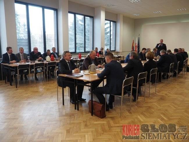 Samorządy , Powiat siemiatycki zwiększa deficyt budżetowy - zdjęcie, fotografia