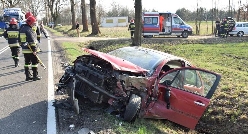 Wypadki drogowe, Kolizja osoby szpitalu - zdjęcie, fotografia