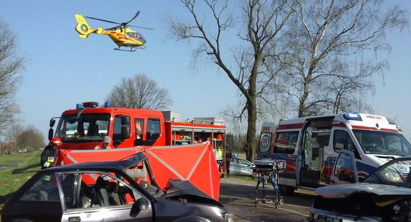 Wypadki drogowe, żyje kierowca czołówka Kleszczelowskiej - zdjęcie, fotografia