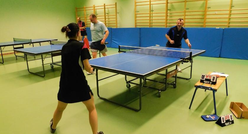 Rózne dyscypliny, Drużynowa Amatorów tenisie stołowym - zdjęcie, fotografia